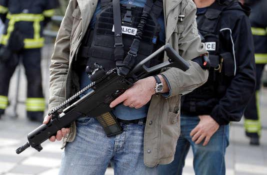 Le jeune homme interpellé mardi matin à Wattignies a été placé en garde à vue dans les locaux de la Direction générale de la sécurité intérieure à Paris.