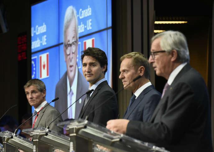 Le premier ministre canadien Justin Trudeau lors des discussions sur le CETA à Bruxelles, le 30 octobre 2016.