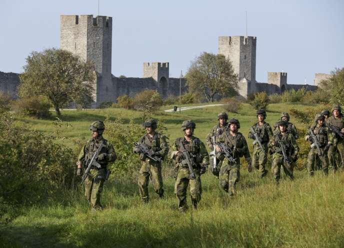 Des soldats suédois à Visby, sur la côte ouest de Gotland, en septembre 2016.
