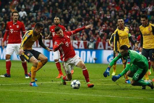 Robert Lewandowski et son Bayern Munich ont donné une leçon à Arsenal lors du huitième de finale aller (5-1).