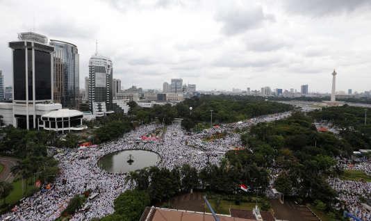 Une manifestation à Djakarta à l'appel d'organisations musulmanes, le 2décembre 2016.