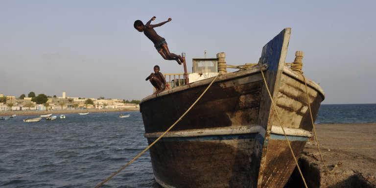 Vue du bord de mer à Tadjoura.