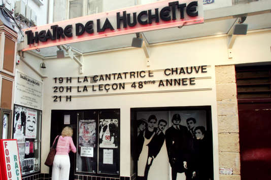Le Théâtre de la Huchette à Paris en juillet 2004, lors de la 15 000e représentation de «La Cantatrice chauve».