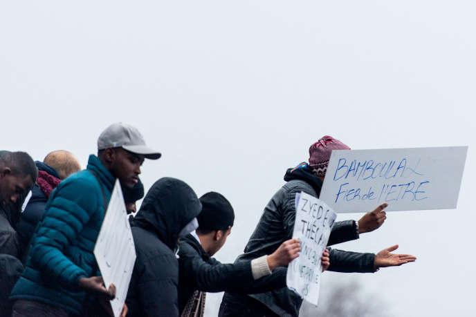 Rassemblement devant le tribunal de Bobigny en soutien à Théo L., le 11 février 2017.