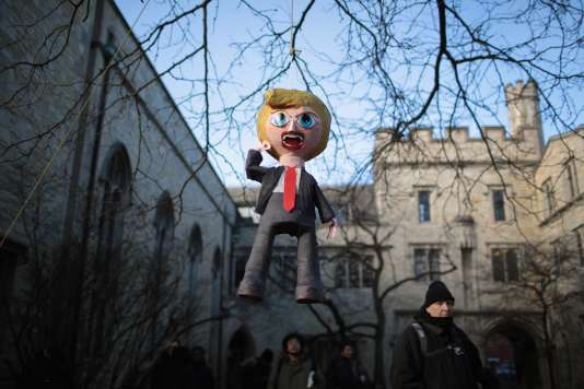 Une piñata à l'effigie de Donald Trump à l'université de Chicago, Illinois, le 15 février.