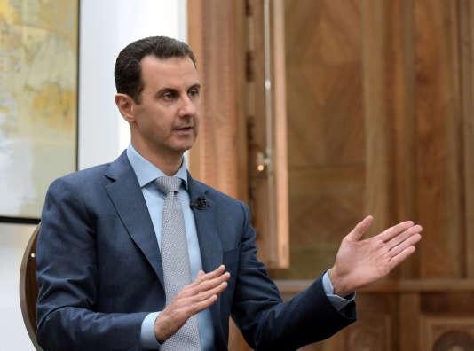 Le président syrien Bashar Al-Assad lors d'une interview. Cliché diffusé par l'agence Sana, le 10février 2017.