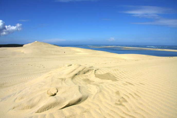 Actuellement, la dune du Pilat mesure 110 mètres de hauteur, une dimension qui varie chaque année.