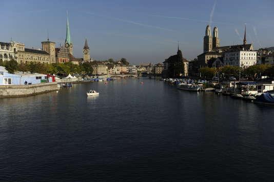 Zurich et la rivière Limat, le 30 septembre 2009.