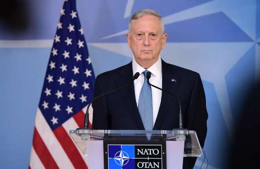 Le secrétaire d'état à la défense américain James Mattis au siège de l'OTAN, à Bruxelles, le 15 février.