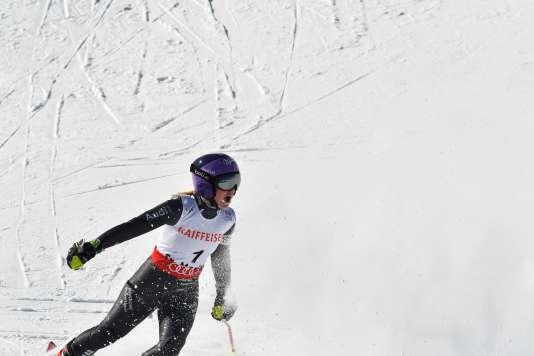 Tessa Worley remporte son deuxième titre de championne du monde en slalom géant.