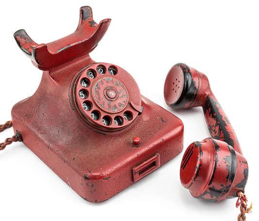 Le téléphone en Bakélite d'Hitler, adjugé 243000 euros le 19 février 2017.