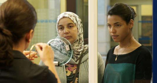 Soria Zeroual et Zita Hanrot dans« Fatima», de Philippe Faucon.