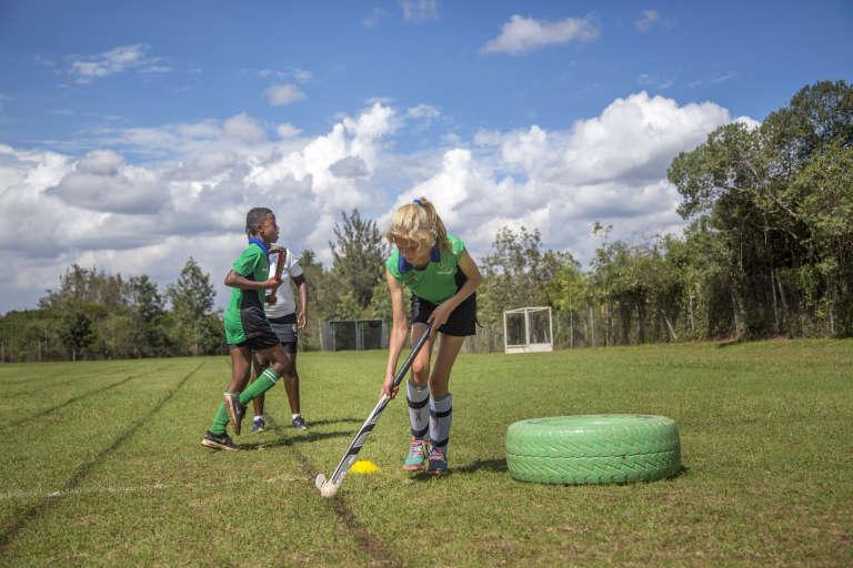 Cours de hockey sur gazon à Hillcrest, au Kenya.