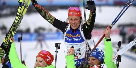 Laura Dahlmeier avec sa quatrième médaille d'or.