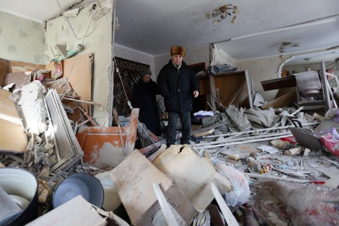 Dans un immeuble détruit par des séparatistes pro-Russes, à Avdiivka, dans l'est de l'Ukraine, le 3 février.