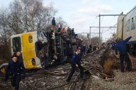 Le train a déraillé samedi 18 février à une vingtaine de kilomètres de Bruxelles.