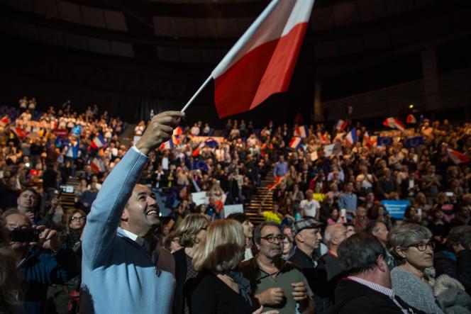 Entre 1000 et 1500 sympathisants ont participé à ce meeting.