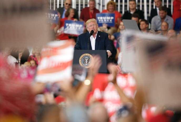 Le président américain, Donald Trump, en Floride, samedi soir 18 février 2017.