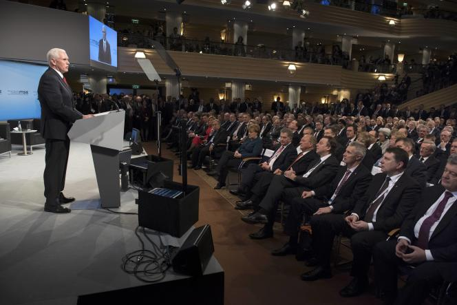 Le vice-président des Etats-Unis, Mike Pence, à la tribune pendant la conférence de Munich sur la sécurité, le 18 février.