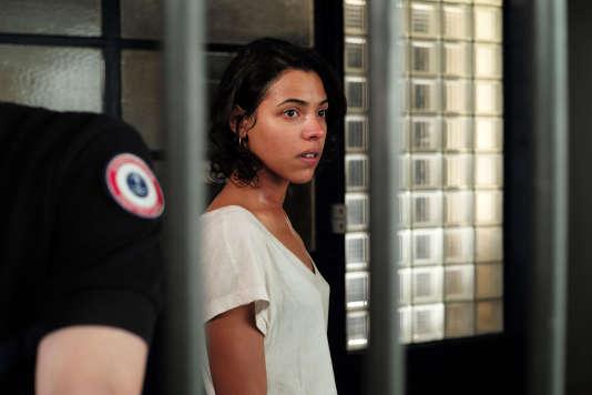 Zita Hanrot dans le film français deRachida Brakni,« De sas en sas».