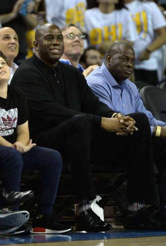 «Magic» Johnson a fait toute sa carrière sous le maillot des Lakers, de 1979 à 1991 puis en 1996.