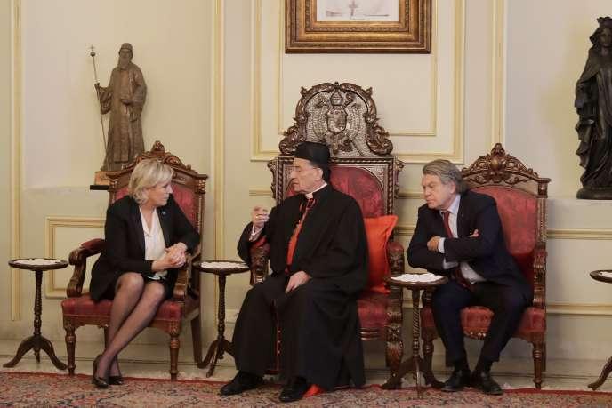 Marine Le Pen et Gilbert Collard ont rencontré le cardinal Bechara Raï, patriarche maronite, à Bkerké (Liban), le 21 février.