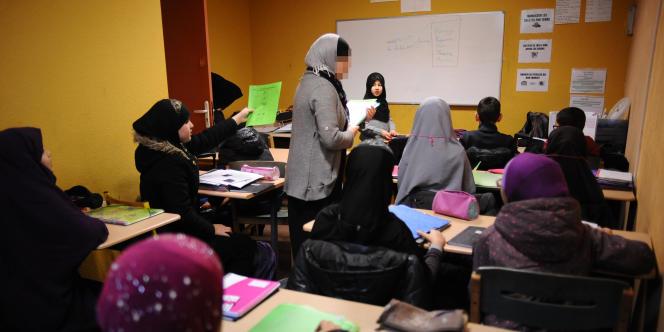 Un cours à l'école Al-Badr, à Toulouse, le 23 janvier 2014.