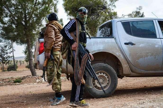 Des combattants de l'Armée syrienne libre, près d'Al-Bab, le 4 février.