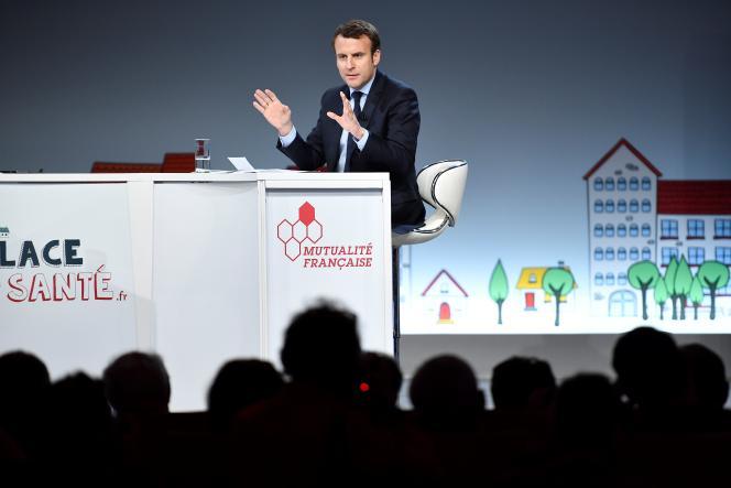 Les candidats à l'élection présidentielle étaient invités le 21 février par la Mutualité française au Palais Brongniart, à Paris, à s'exprimer sur le thème de la santé et de la protection sociale. Ils sont passés les uns après les autres (sauf Marine Le Pen etJean-Luc Mélenchon). Ici, Emmanuel Macron.