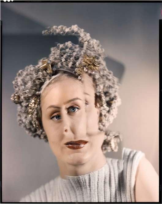Photographie expérimentale (non parue), pour «Vogue US», 1947. Modèle : Tedi Thurman.