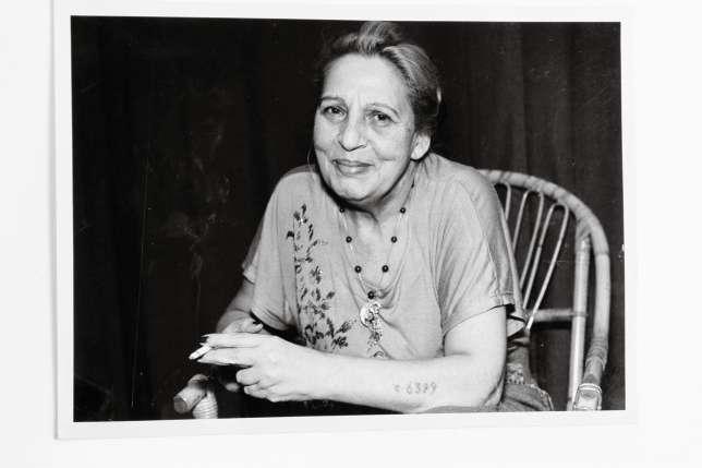 Ceija Stojka en 1995.