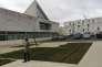 L'université Paris-Saclay, première expérience de regroupement, devait rassembler 15% de la recherche française. En dépit des 5 milliards d'euros investis,les écoles d'ingénieurs ont claqué la porte.