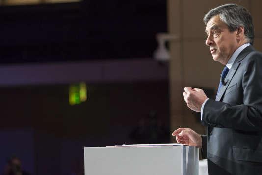 François Fillon lors du débat sur la santé organisé par la Mutualité Française au Palais Brongniart à Paris le 21 février.