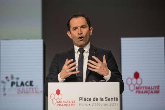 Benoît Hamon lors du débat sur la santé organisé par la Mutualité Française au Palais Brongniart à Paris le 21 février.