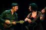 Thierry Chazelle et Lili Cros dans le spectacle« Peau neuve».