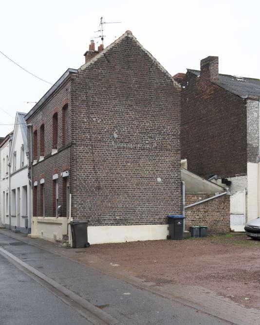 A Denain, pour devenir propriétaire en centre-ville d'une maison mitoyenne et de son coin de jardin, il faudra débourser en moyenne 58000euros.
