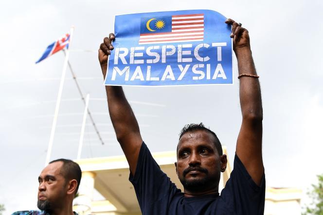 Manifestation de Malais à l'ambassade nord-coréenne de Kuala Lumpur, le 23 février.