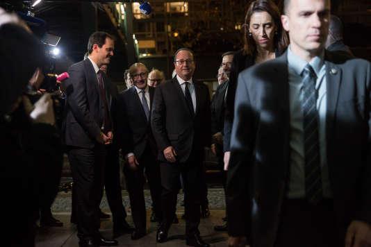 François Hollande lors de son arrivée au dîner du CRIF à Paris le 22 février.