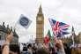 Manifestation de soutien aux travailleurs étrangers au Royaume-Uni, devant le Parlement britannique, à Londres, le 20 février.