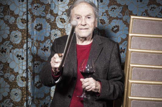 Jean-Louis Trintignant a créé avec un couple de viticulteurs le domaine de Garance Rouge à Uzès (Gard).