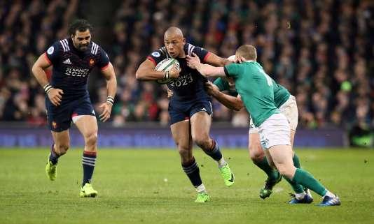 Gaël Fickou et Yoann Huget contre l'Irlande, le 25février à Dublin.