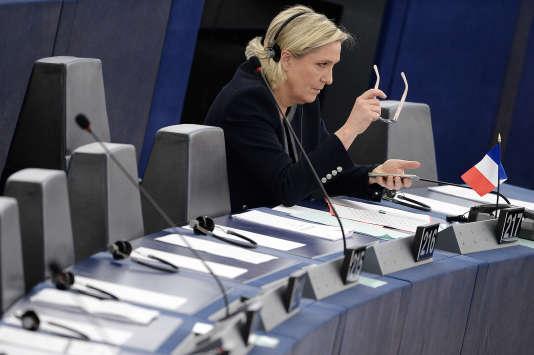 Marine Le Pen au Parlement européen, le 26 octobre 2016.
