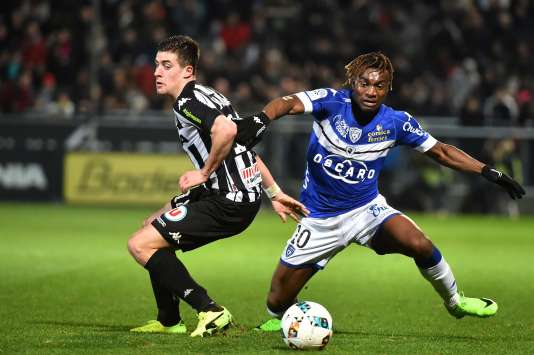 Football : le Sporting Club de Bastia rétrogradé provisoirement en National 1