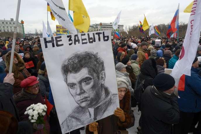Manifestation en hommage à l'opposant Boris Nemtsov, à Moscou, le 26 février.