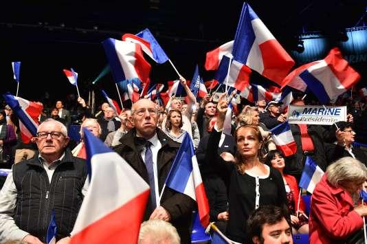 Des militants du Front national lors de la campagne présidentielle en février.