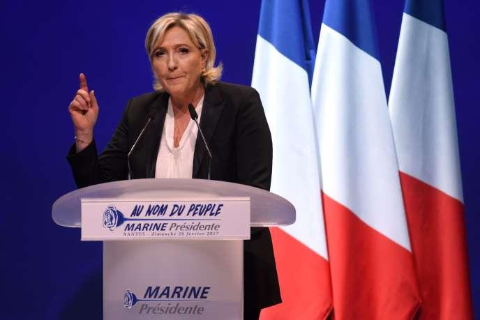 Marine Le Pen en campagne au zénith de Nantes, à Saint-Herblain, le 26 février.