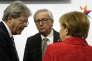 Jean-Claude Juncker (au centre), le président de la Commission européenne avec les dirigeants italien et allemand à Malte le 3février.