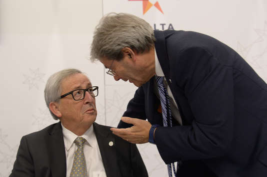 Le président de la Commission européenne, Jean-Claude Juncker, et le premier ministre italien, Paolo Gentiloni, à Malte le 3 février.