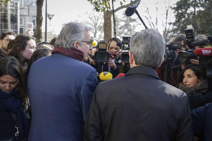 Pierre Laurent (PCF) et Jean-Luc Mélenchon (La France insoumise), lors d'un point presse commun, le 24 février.