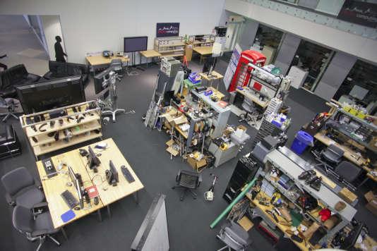 Le concept de « FabLab» est né au Massachusetts Institute of Technologies (MIT), situé à Cambridge, à la fin des années 1990.
